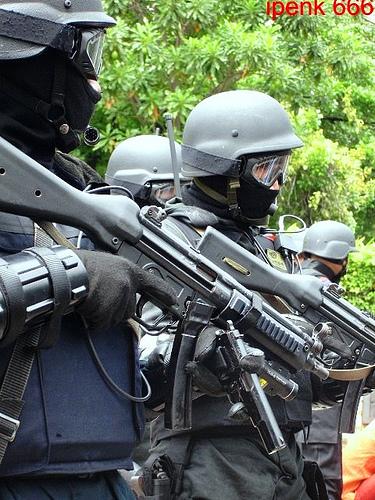 """Kopassus"" Pasukan Khusus Kebanggaan Indonesia || WidanaNews"